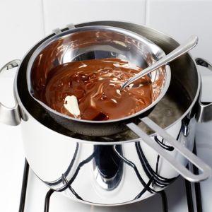 Cucinare a bagnomaria: tutto quello che dovete sapere